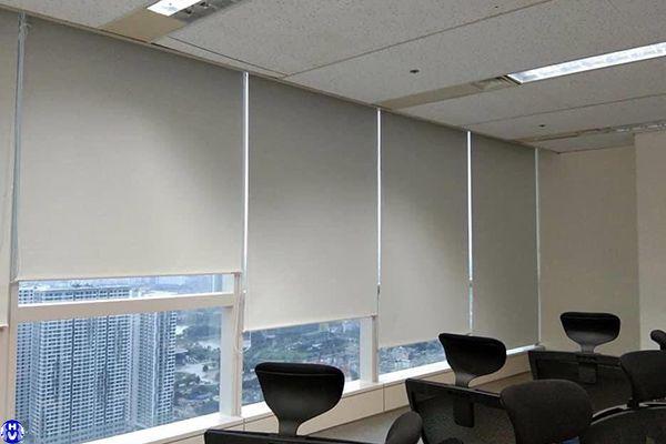 Lắp đặt rèm cuốn nhựa cao cấp văn phòng tại mễ trì thượng nam từ liêm