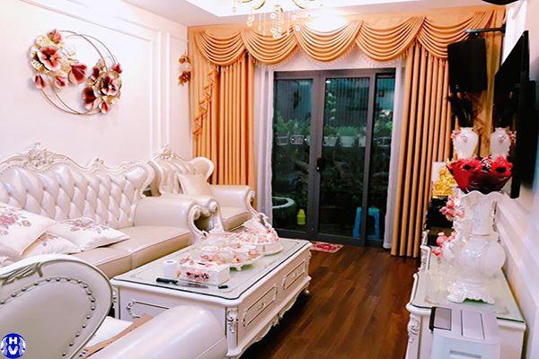 Mẫu rèm cửa cao cấp thiết kế theo phong cách tân cổ điển sang trọng