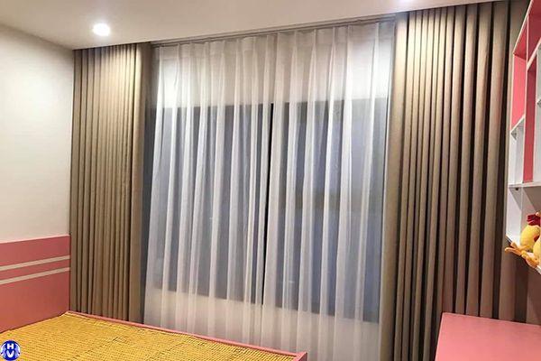 Mẫu rèm vải 2 lớp cao cấp dành cho phòng ngủ diện tích nhỏ