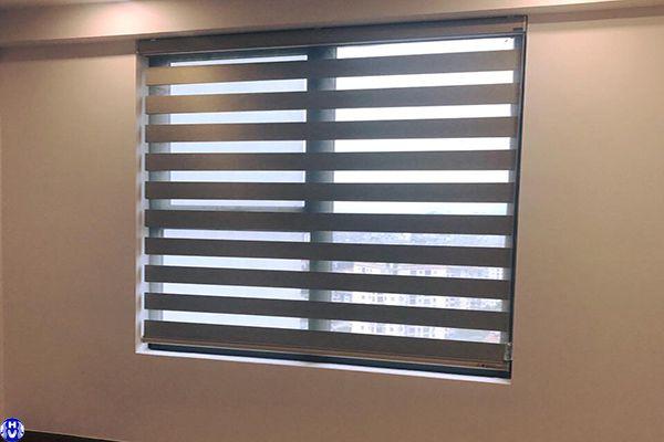 Rèm cầu vồng cửa sổ 2 m lắp đặt văn phòng đường hoàng hoa thám hà đông
