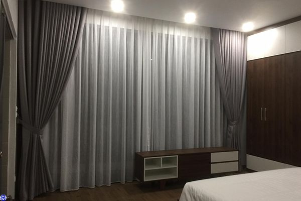 Rèm cửa cao cấp 2 lớp phòng ngủ vợ chồng lắp chung cư vinhome cầu giấy