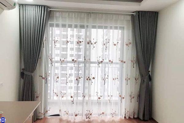 Rèm cửa phòng ngủ màu xám hợp mệnh Kim gia chủ