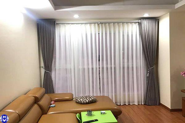 Rèm cửa sổ giá rẻ đẹp hai lớp màu ghi phù hợp không gian hiện đại