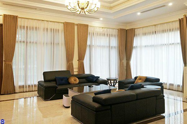 Rèm cửa sổ vải chất liệu bằng lụa thiết kế phong cách hiện đại tại kiêu kỵ gia lâm