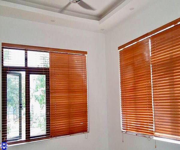 Rèm gỗ cao cấp tự nhiên lắp cửa sổ nhà khách hàng nghĩa tân cầu giấy