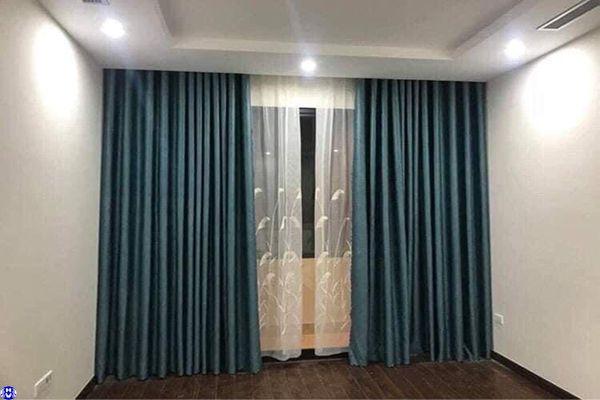Rèm vải cửa sổ chất liệu polyester chống nắng lắp tại thanh lãm hà đông