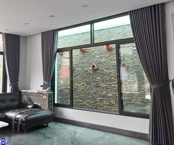Rèm vải cửa sổ lớn bằng vải cao su cách nhiệt thi công tại hàng cháo