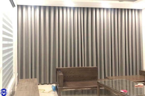 Rèm vải cửa sổ phòng khách 1 lớp màu ghi lắp nguyễn công thái hoàng mai