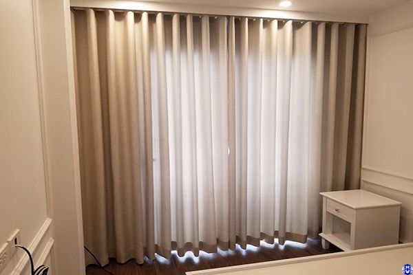 Rèm vải cửa sổ thông minh lắp nhà biệt thự tại văn khê hà đông
