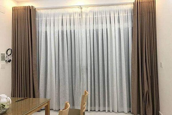Rèm vải lanh cửa sổ lớn phòng ăn thi công tại đường phú lương hà đông