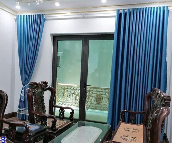 rèm vải lụa cao cấp đẹp lắp đặt nhà phố tại Hà Nội