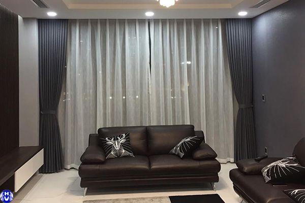 Thiết kế rèm cửa sổ theo tông màu tường nhà mặt phố tăng bạt hổ