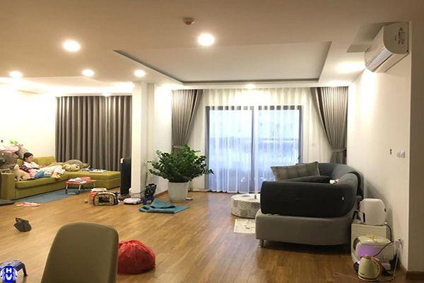Vận chuyển lắp miễn phí các loại rèm cửa sổ tại quận Hoàn Kiếm