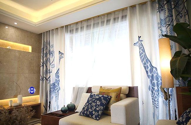 Bộ rèm cửa sổ in hình những chú hươu cao cổ