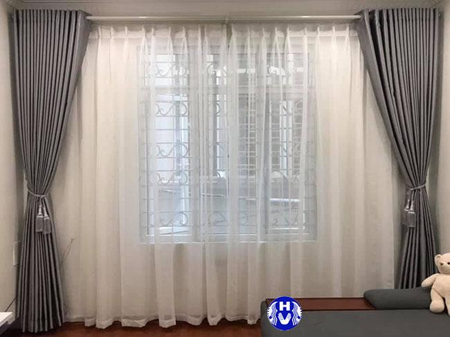 mẫu rèm cửa giá rẻ đep hai lớp xanh ghi