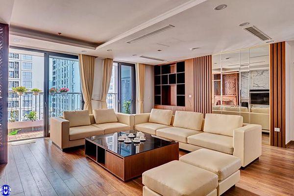 mẫu rèm cửa theo tông màu sofa sang trọng lắp tại phố vũ hữu lợi
