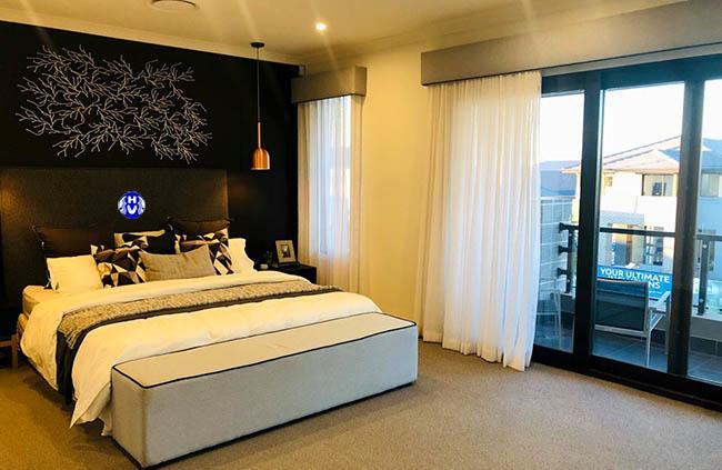 Mẫu rèm cửa vải voan mỏng dùng trang trí phòng ngủ