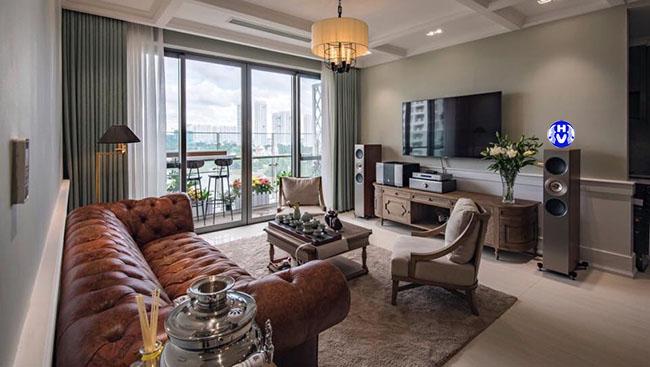 mẫu rèm cửa xanh ngọc do bên Hải Vân thiết kế cho phòng khách