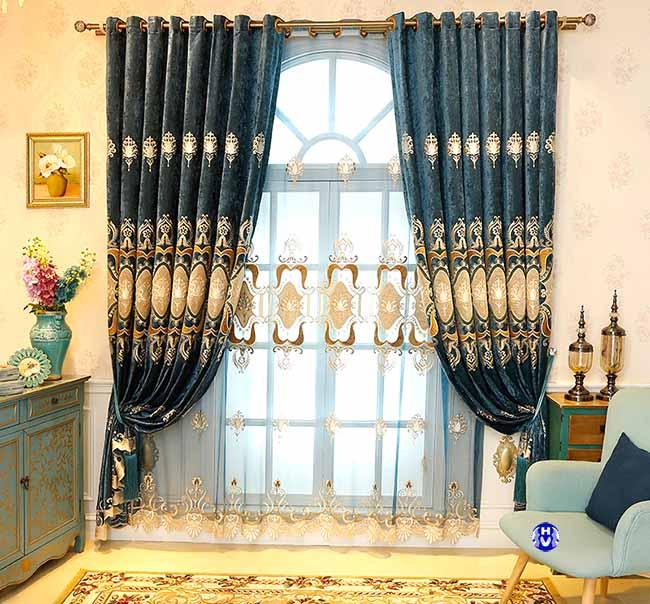 Một trong những mẫu rèm cửa đẹp sang trọng được yêu thích