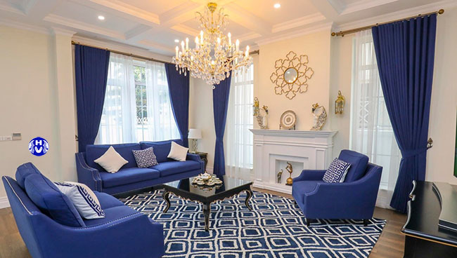 Phòng khách hiện đại không thể thiếu những bộ rèm cửa đẹp sang trọng