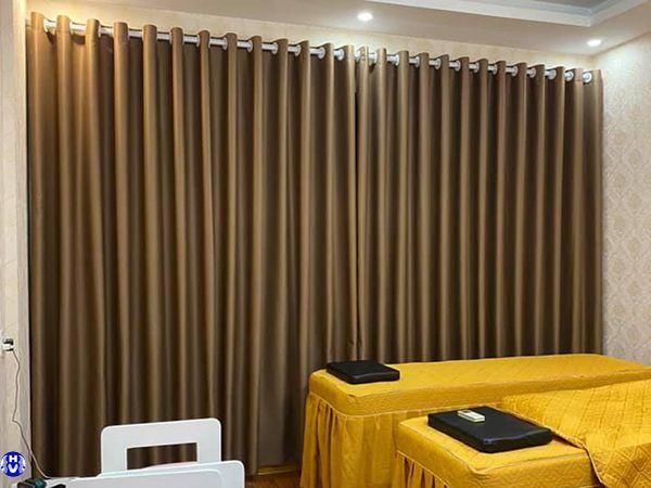 rèm cửa sổ 1 màu cho spa trên đường trung tựu