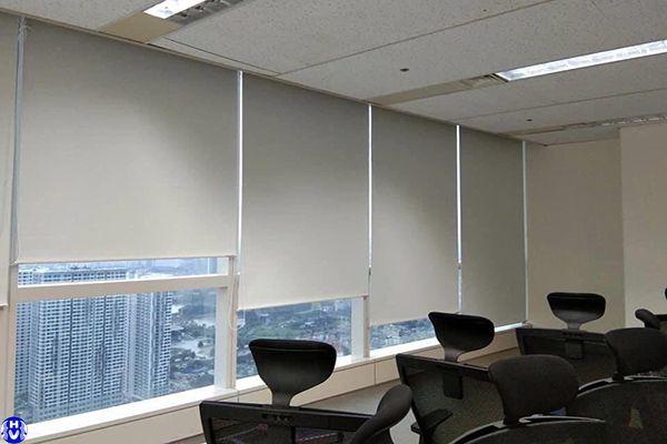 rèm cửa sổ giá rẻ lắp đặt văn phòng ở Hà Đông