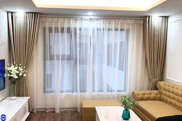 rèm vải cao su non cửa sổ màu vàng công trình vạn kiếp hai bà trưng