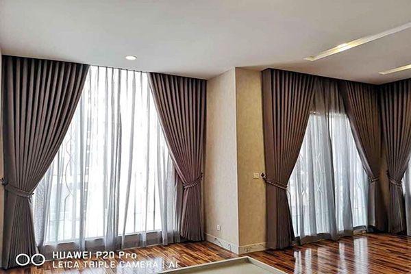 Rèm cửa sổ may chất liệu polyester chống nắng cho phòng ngủ hiệu quả