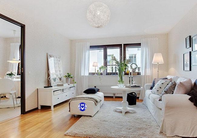 Các căn phòng theo lối kiến trúc hiện đại sử dụng mẫu rèm màu trắng sáng