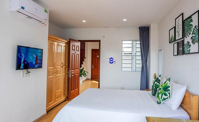 Chiều cao bộ rèm cửa sổ che đi khuyết điểm nhỏ cho khung cửa