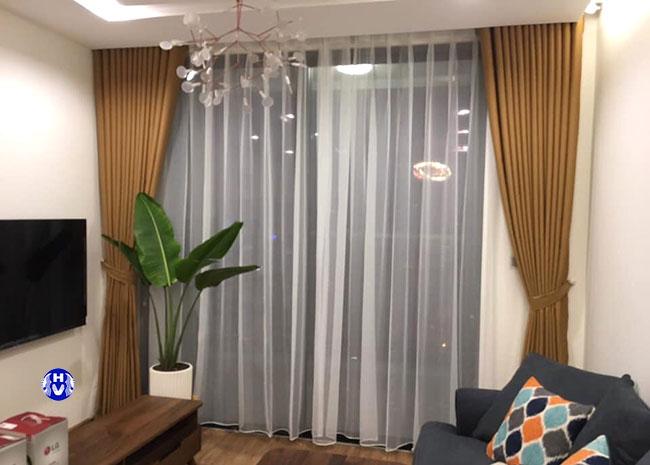 Khách hàng sẽ được tư vấn chi tiết để có được bộ rèm cửa sổ rẻ đẹp