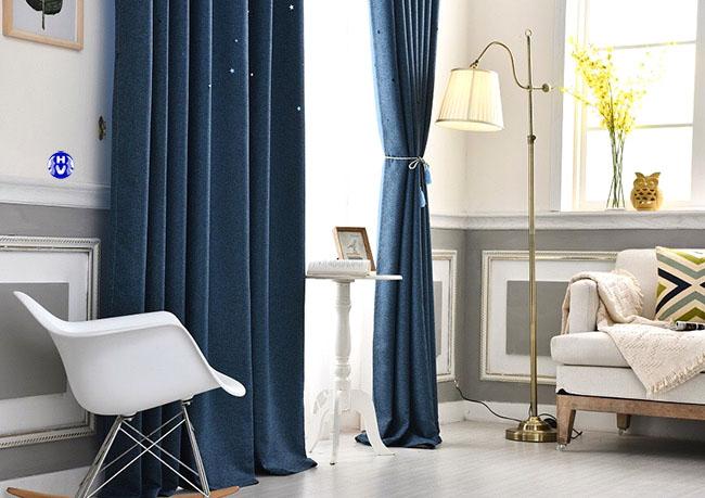 Lựa chọn đúng các màu phù hợp giúp mẫu rèm đẹp hơn với không gian hiện đại