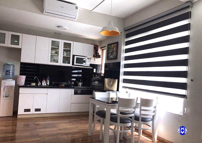 Mẫu rèm cầu vồng cho phòng bếp bởi sự đơn giản