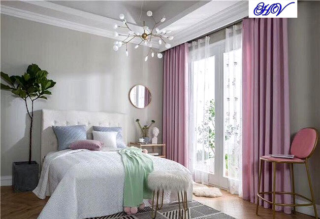 Mẫu rèm cửa đẹp màu hồng cho phong ngủ chung cư