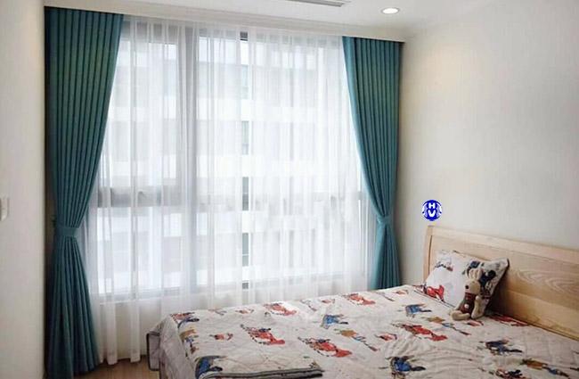 Mẫu rèm cửa sổ hai lớp phù hợp với căn phòng ngủ nằm phía Tây