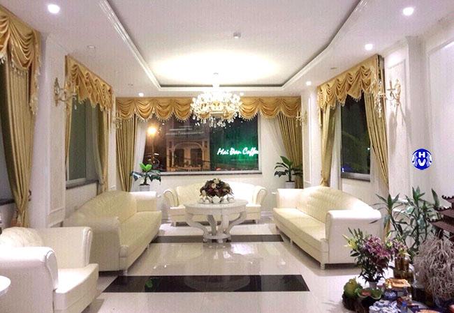 Mẫu rèm phòng khách sang trọng thiết kế bởi Hải Vân