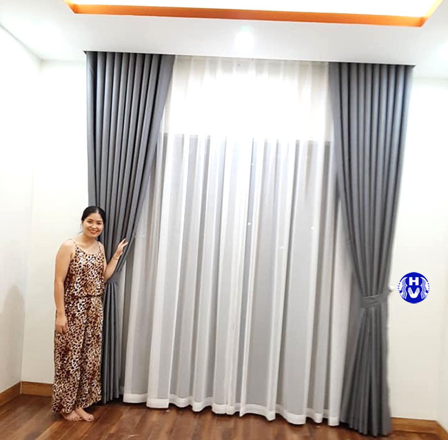 Một trong các kiểu rèm cửa bằng vải thiết kế bởi Hải Vân