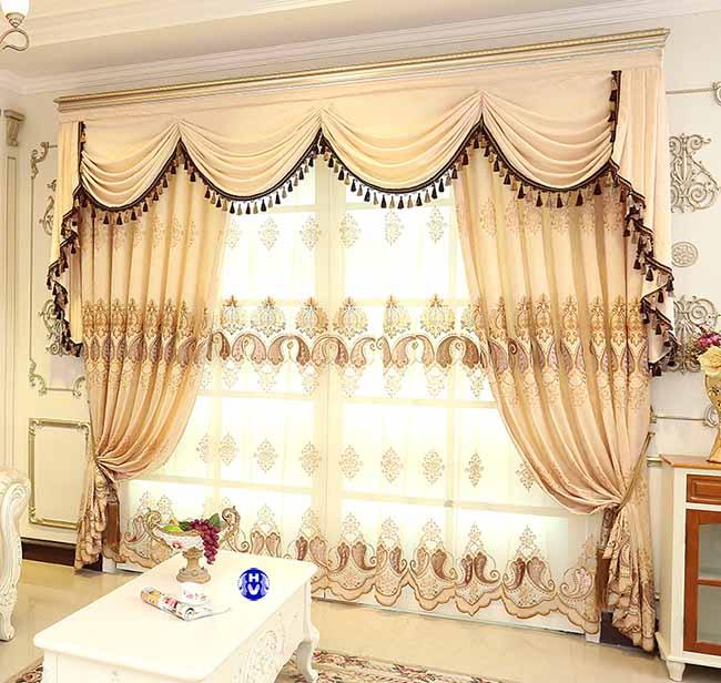 Một trong top các mẫu rèm đẹp phòng khách