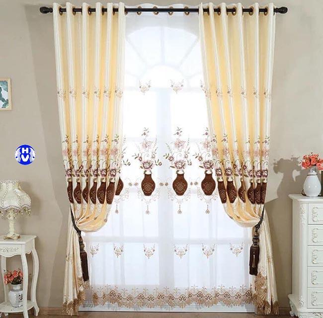 lựa chọn phụ kiện phù hợp kiến tạo cho tổng thể mẫu rèm cửa đẹp hoàn chỉnh