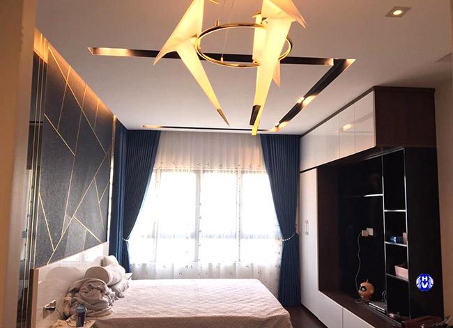 Hình ảnh mẫu rèm cửa hai lớp cản sáng cho phòng ngủ