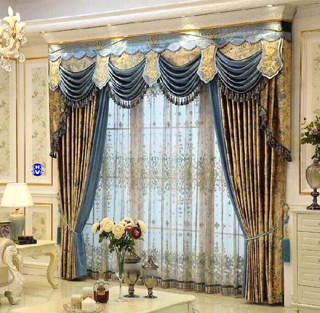 Được đánh giá cao về chất liệu rèm cửa từ vải gấm được nhiều khách hàng lựa chọn