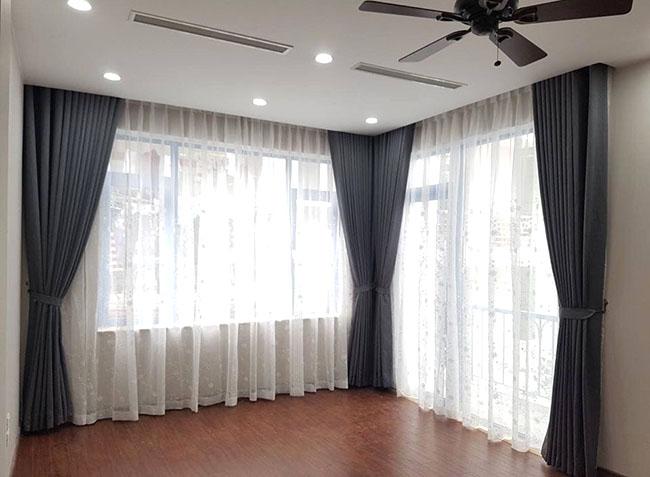 Mẫu rèm cửa hai lớp thanh lý được chủ đầu tư chọn lựa cho phòng ngủ gia đình