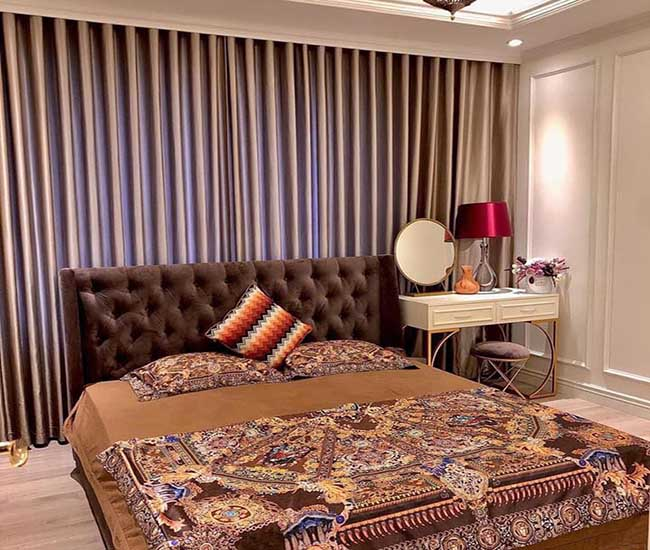 Mẫu rèm vải 1 màu phòng ngủ mang đến sự bình yên