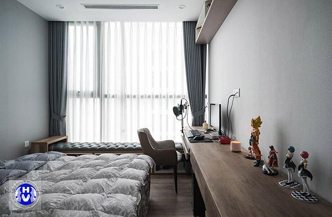Một thiết kế rèm giá rẻ màu sáng đơn giản cho căn phòng bé trai