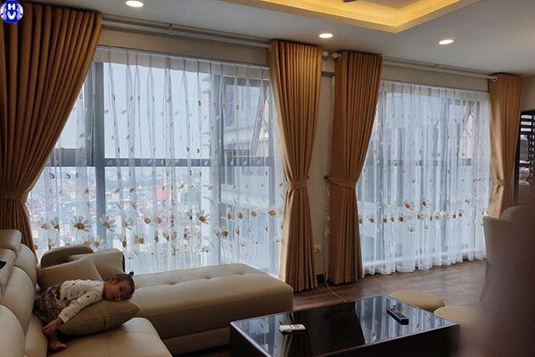 Mẫu rèm cửa đẹp cách nhiệt phòng khách hiện đại