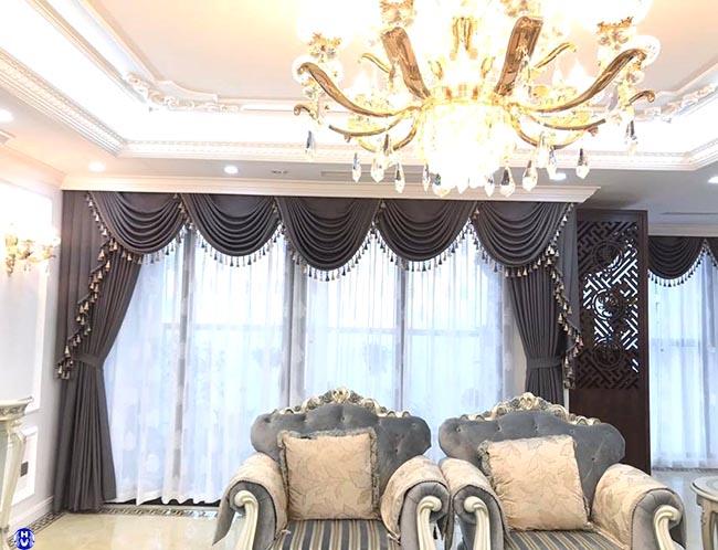 Mẫu rèm cửa giúp căn phòng khách có được ánh ánh êm dịu nhẹ nhàng
