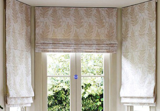Mẫu rèm roman cửa sổ phòng ngủ hoa văn độc lạ