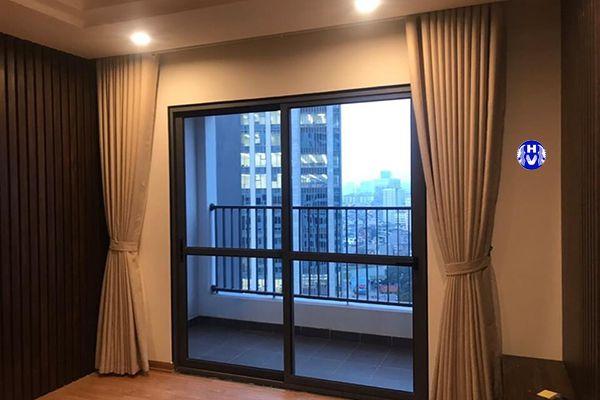 Mẫu rèm vải cao cấp lắp đặt cho chung cư hiện đại