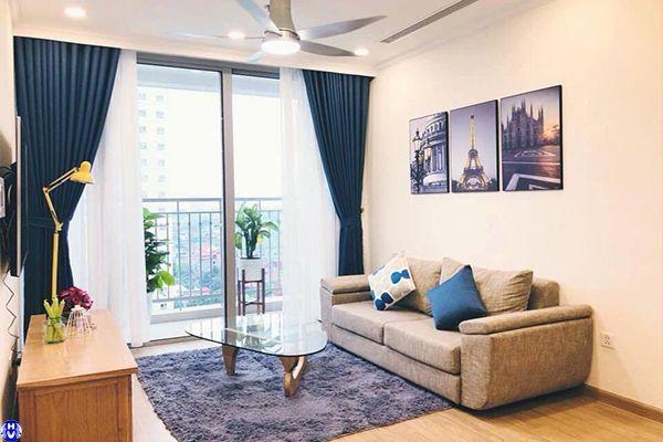 Rèm cửa màu xanh hiện đại trang trí điểm nhấn cho căn phòng