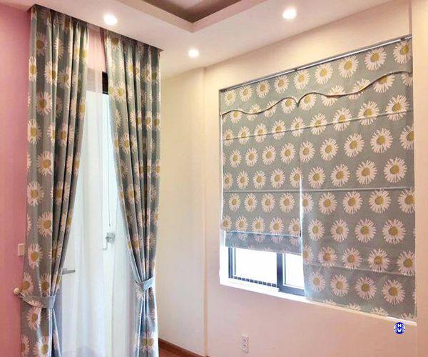 Rèm cửa sổ bằng vải canvas trang trí tô điểm thêm cho căn phòng